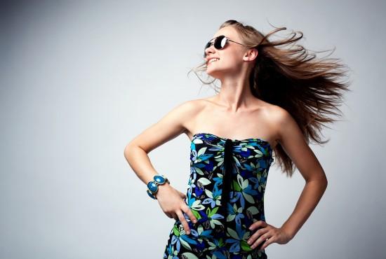 Glamour woman dancing